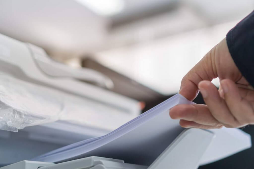Should you rent a copier or obtain one on lease
